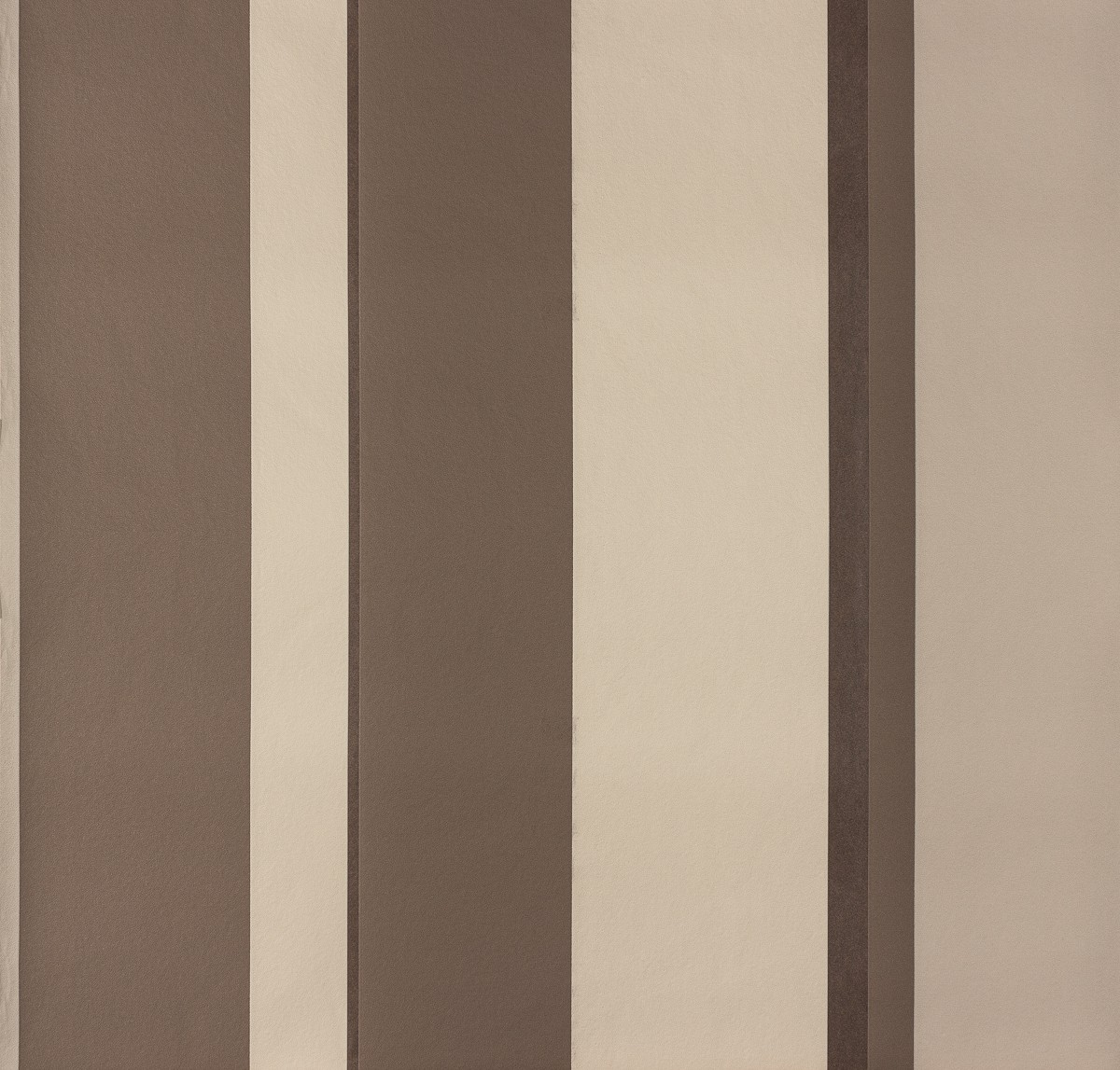 Wallpaper brown stripes raffi 2 94018 3 for Tapete streifen beige